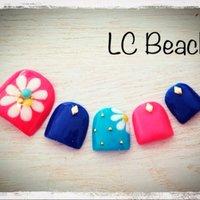 LC Beach♡ 渋谷駅から徒歩5分のプライベートサロンです♡ アメブロもチェック♪ #夏 #フット #フラワー #ピンク #ジェル #lc_beach65 #ネイルブック