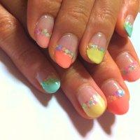 親指はマカロンパープルです♪ #ハンド #フレンチ #パステル #セルフネイル #daikon3 #ネイルブック