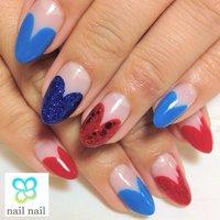 思い切ってハッキリした色の組み合わせがオシャレ♪ #ハンド #変形フレンチ #ブルー #ジェル #お客様 #m_nail2 #ネイルブック