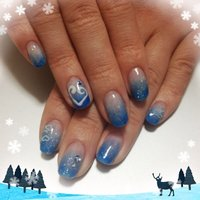 真冬の、ブルーって神秘的。 #冬 #ハンド #グラデーション #ブルー #ジェル #お客様 #eveki1203 #ネイルブック