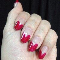 伸びたんだ、飽きたんだ、ジェルの上にポリッシュ塗ったんだ! #バレンタイン #ハンド #変形フレンチ #レッド #マニキュア #Oshima Maiko #ネイルブック