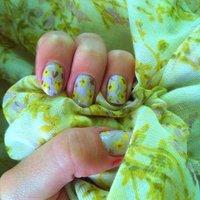 Flowers #ハンド #セルフネイル #NailLudiMacarons #ネイルブック