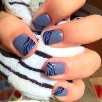 """Gray-Blue"" by Alina ❤ (www.nailspoint.com) #ハンド #グレー #ジェル #HiToMi_KiNkY #ネイルブック"