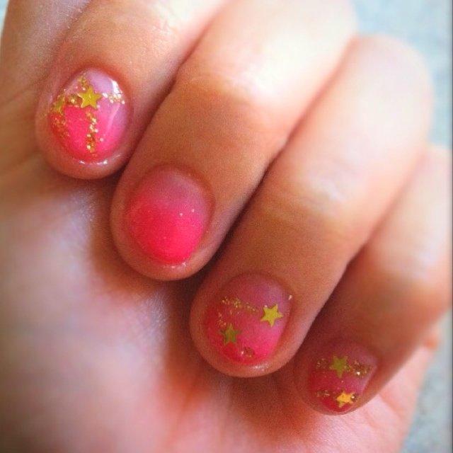 ポリッシュ〜 #グラデーション #ピンク #マニキュア #セルフネイル #ささき えみこ #ネイルブック