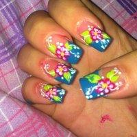 Acrylic, painted flowers with turquoise frenchmani #ハンド #フラワー #カラフル #セルフネイル #Jenna Dotson #ネイルブック