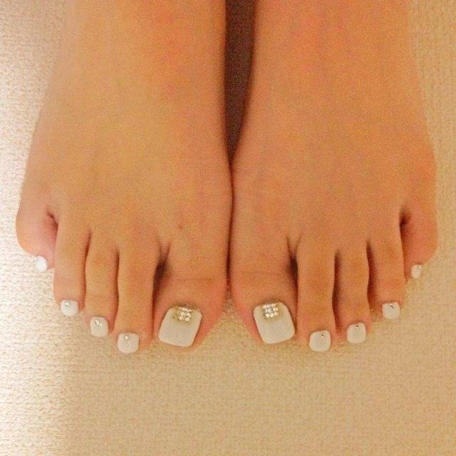 ホワイトってかわいい♪ #セルフネイル #ゆみっぴー #ネイルブック