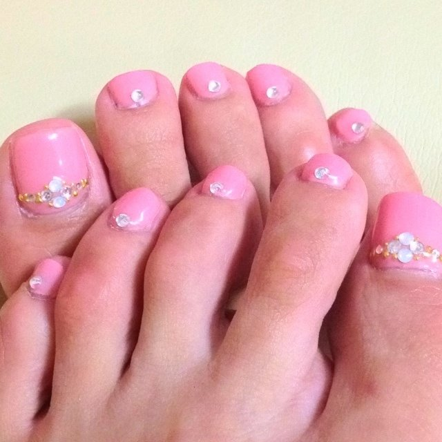 上品なイメージでお願いしました(*^o^*) #ピンク #123Tsn #ネイルブック