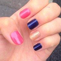 爪を短くしたので、思い切ってカラフルに! #夏 #ハンド #ワンカラー #ピンク #マニキュア #セルフネイル #miduki1012 #ネイルブック