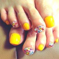 夏にぴったりのオレンジ×キラキラネイル☆ #夏 #オレンジ #9393ooo #ネイルブック