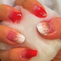 紅白いしき(。・ω・。) #paseliiiin #ネイルブック