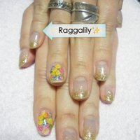 ゴールドラメグラ+押し花  #raggalily #ネイルブック