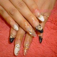 スカルプチュア×やり放題‼︎ #成人式 #フレンチ #ロング #ホワイト #ブラック #lovejewelry nail #ネイルブック