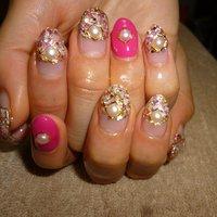 ピンク×カラフル‼︎ #海 #ライブ #パーティー #ハンド #エスニック #ピンク #パステル #カラフル #ジェル #lovejewelry nail #ネイルブック