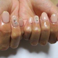 シンプルネイル‼︎ #オフィス #ブライダル #パーティー #デート #ハンド #ラメ #ワンカラー #ショート #ベージュ #ピンク #パステル #ジェル #lovejewelry nail #ネイルブック