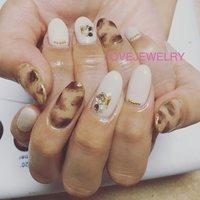 べっ甲ネイル‼︎ #春 #秋 #オフィス #デート #ミディアム #ホワイト #ベージュ #ブラウン #ジェル #lovejewelry nail #ネイルブック