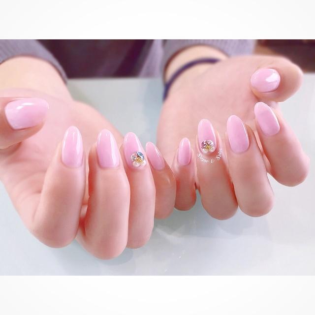 桜色 シンプル #3D #ビジュー #オフィス #デート #女子会 #ピンク #ブライダル #ジェルネイル #お客様 #ワンカラー #ハンド #sugar_spice_k #ネイルブック