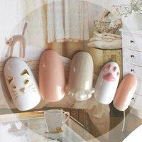 白猫ネイル🐈ぷっくり肉球が可愛いデザイン✨ #ハンド #アニマル柄 #パール #ホワイト #ピンク #グレージュ #ジェル #ネイルチップ #sna_0515 #ネイルブック