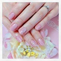 ♡ピンクネイル♡ #春 #オールシーズン #オフィス #女子会 #ハンド #ワンカラー #ミディアム #ピンク #ジェル #nail care salon mika #ネイルブック