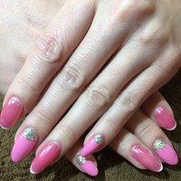 ピンクのミラーネイルと先端フレンチ #oguyuu #ネイルブック
