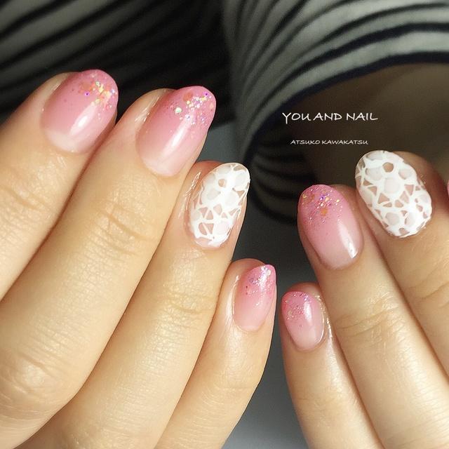 フラワーレース #ショート #ピンク #ホワイト #グラデーション #フラワー #レース #ハンド #オフィス #デート #オールシーズン #女子会 #ジェルネイル #お客様 #YouAndNail #ネイルブック