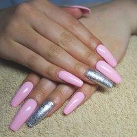 かわいい〜❤︎❤︎スクエア寄りのバレリーナシェイプ!!! #春 #夏 #リゾート #パーティー #ハンド #ワンカラー #ロング #ピンク #シルバー #スカルプチュア #lovejewelry nail #ネイルブック