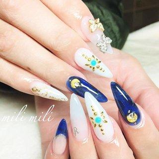 . 5月に入りましたね ´-`) 春も過ぎ去り、もうすぐ夏がやってきます♡ お爪は既に夏仕様に衣替えのお客様も多数! フットネイルのお問い合わせも沢山頂いております! お問い合わせ&ご予約はお早めにお願い致します♡ #nail#nails#nailart#instanails#instanail#nailstagram#summernails#longnails#sculpture#bluenails#whitenails#turquoisenails#ネイル#夏ネイル#ロングネイル#スカルプチュア#スカルプ#ホワイトネイル#ブルーネイル#ターコイズネイル#デザスカ#派手ネイル#鹿児島#鹿屋#都城#志布志#鹿屋ネイル#志布志ネイル#爪屋milimili #夏 #旅行 #海 #パーティー #ハンド #ワンカラー #3D #タイダイ #デコ #ホイル #ロング #ホワイト #ターコイズ #ブルー #シルバー #スカルプチュア #お客様 #milimili #ネイルブック