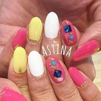 #ハンド #ワンカラー #ミディアム #ホワイト #ピンク #イエロー #ジェル #お客様 #Astina #ネイルブック