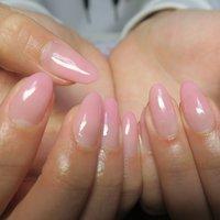 グラデーション!!この色本当大好きです!! sexyなpink!! #春 #夏 #梅雨 #オフィス #ハンド #グラデーション #ミディアム #クリア #ピンク #ジェル #lovejewelry nail #ネイルブック