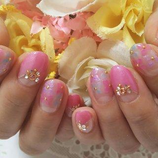 ほんわかあじさいネイル♡ピンクの逆フレンチとの組み合わせが可愛いです♪ #オフィス #パーティー #デート #女子会 #ハンド #フレンチ #フラワー #ミディアム #ピンク #水色 #パープル #ジェル #りぴこ #ネイルブック