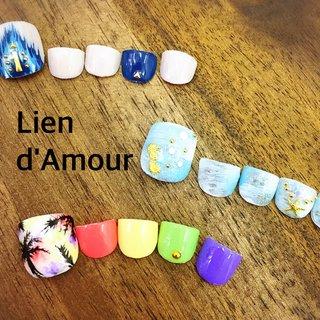 フットネイルの季節です☆ 夏は派手ネイルがモテ期(*'∀'人)♥︎ #夏 #旅行 #海 #リゾート #フット #グラデーション #ビジュー #シェル #エスニック #トロピカル #クリア #アースカラー #カラフル #ジェル #ネイルチップ #Nail Salon Lien d'Amour #ネイルブック