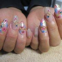 可愛い❤︎ 持ち込み画像を少しだけアレンジさせて頂きました(o^^o) #夏 #旅行 #梅雨 #オフィス #ワンカラー #フラワー #ロング #ホワイト #ピンク #パープル #ジェル #lovejewelry nail #ネイルブック