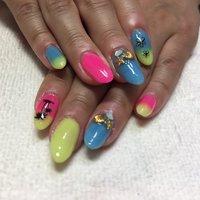 #夏ネイル #summer #ピンク #pink #水色 #blue #黄色 #yellow #夏 #海 #ハンド #グラデーション #トロピカル #ミディアム #ピンク #イエロー #水色 #スカルプチュア #お客様 #しぇりー #ネイルブック