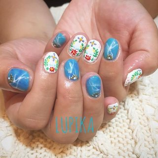 . フラットアートとニュアンスネイルのコラボ💖💜💖💜 かなりショートでもok☺️✨ . . 担当→ @mami_lupika . . . #lupika_nail #lupika_tokyo #gelnail #nail #nails #nailart #flatart #instanail #gelnails #naildesign #nailartlove #gelart #daikanyama #tokyo #naildesign #ネイルサロンLUPIKA #隠れ家ネイルサロン #ジェルネイル #ネイル #ネイルアート #美爪 #ネイルサロン #ネイルデザイン #ジェルアート #代官山 #ルピカ #maminail #nailswag#ネイルブック #夏 #オールシーズン #旅行 #リゾート #ハンド #フラワー #大理石 #ニュアンス #レトロ #アイシング #ショート #ブルー #カラフル #ビビッド #ジェル #お客様 #LUPIKA_MAMI #ネイルブック