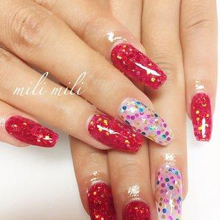 . 赤ホロ×カラフルホロ♡赤ホロ大活躍中~ キラッキラでとっても可愛いですね( ˊᵕˋ ) #nail#nails#nailart#instanails#instanail#nailstagram#sculpture#hologramnails#glitternails#colorfulnails#rednails#ネイル#フットネイル#スカルプチュア#ホログラムネイル#ホロネイル#カラフルネイル#グリッターネイル#派手ネイル#鹿児島#鹿屋#都城#日南#串間#志布志#志布志ネイル#志布志脱毛#milimili #秋 #ライブ #スポーツ #パーティー #ハンド #シンプル #ホログラム #ラメ #ロング #クリア #レッド #カラフル #ジェル #milimili #ネイルブック