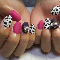 #ダルメシアン柄 #マットコート #夏 #秋 #デート #女子会 #ハンド #ワンカラー #レオパード #ショート #ホワイト #ピンク #パープル #ジェル #lovejewelry nail #ネイルブック
