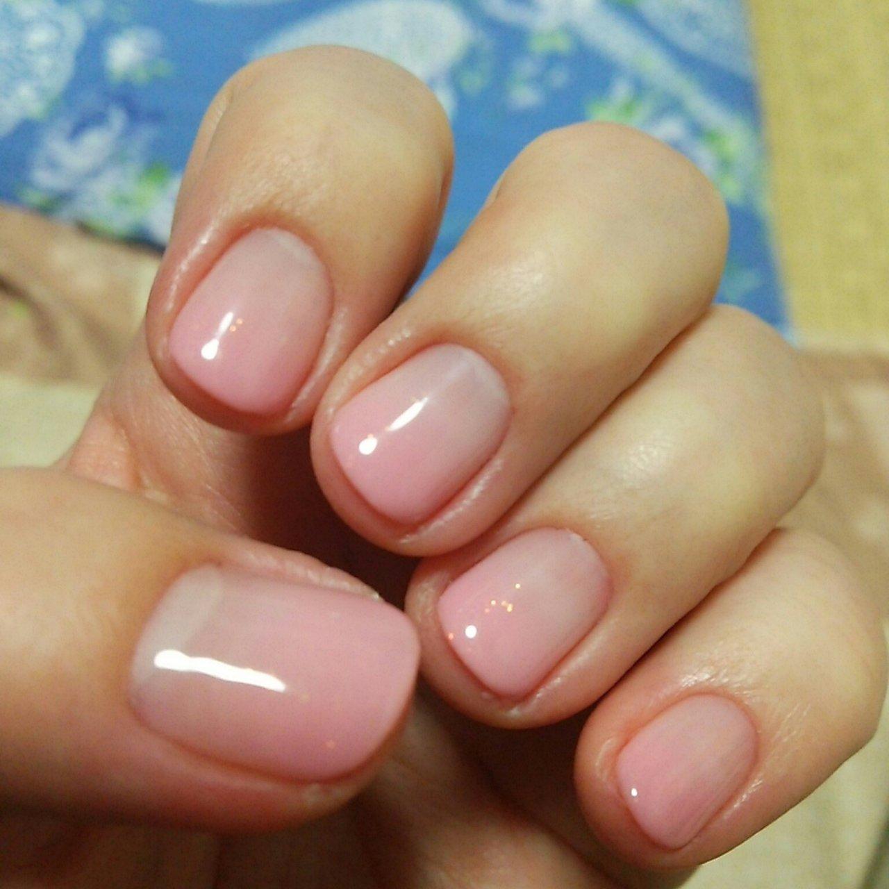 ネイル 薄 ピンク