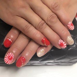 お祭りシーズン真っ盛り!旭日旗を描いて欲しいとのオーダーでした。 #nail #nails #ジェルネイル #プライベートネイルサロンふたば #お正月 #成人式 #浴衣 #ライブ #ハンド #ワンカラー #ラメ #和 #国旗 #ショート #ホワイト #レッド #ゴールド #ジェル #お客様 #コトウユウキ #ネイルブック