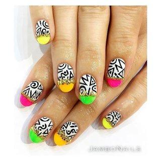 過去に作ったマンスリーデザインから🌈✨ .  いつやっても可愛い💅💙 . . ご予約は0338105082まで🙇🏽 . . ◾︎JamboNails◾︎ .#jambonails #nail #nails #nailart #nailstyle #naildesign #handpainted #gelnails #shortnails #ネイル #ジェルネイル #美爪 #ショートネイル #nailswag #젤레일 #instanails #nailartlove #nailporn #gelnailart #Нейларт #ネイルデザイン #네일아트 #指甲 #手描きネイル #手描きアート #個性派ネイル #派手ネイル #colorfulnails #柄ネイル #夏 #海 #ハンド #変形フレンチ #ネイティブ #ミディアム #ピンク #カラフル #ネオンカラー #ジェル #お客様 #jambonails_ #ネイルブック