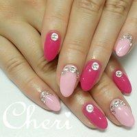 2色のピンクとキラキラストーンのネイルです♥ #オールシーズン #ハンド #ワンカラー #ビジュー #ピンク #ジェル #お客様 #cheri_1014 #ネイルブック