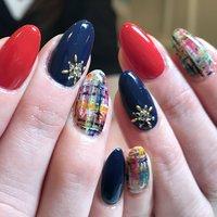 カラーをたくさん使ったツィード! 奥行がでます\(^^)/ #秋 #冬 #クリスマス #チェック #ツイード #レッド #カラフル #ビビッド #Maro's nailマロズネイル #ネイルブック
