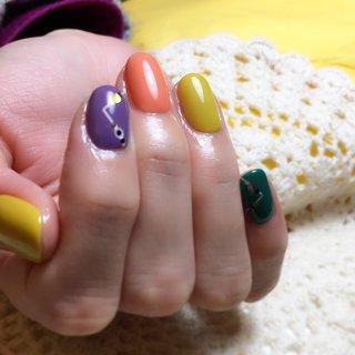 colorful #オールシーズン #ライブ #パーティー #女子会 #ハンド #オレンジ #イエロー #カラフル #ジェル #お客様 #viewt #ネイルブック