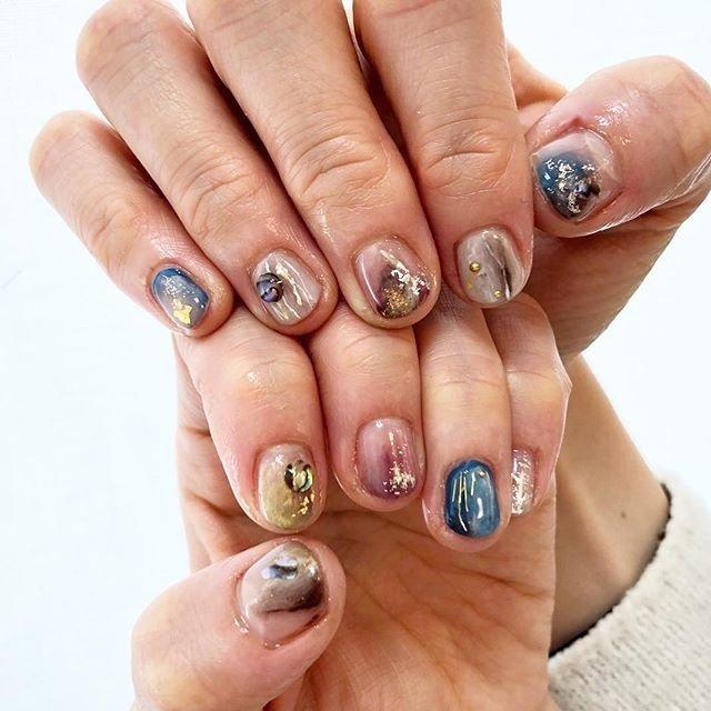 ニュアンスネイル🌟🌟美容師さんなので引っかからないようしっかりコーティング💅✨いつもありがとう😍 ☺️ #ladybycloset #nail #nails #nailart #nailstagram #instanail #かわいい #冬 #冬ネイル #winternails #冬ネイルデザイン #原宿 #原宿ネイル #ネイル #ネイルデザイン #美爪 #美甲 #明治神宮前 #ネイルアート #gel #gelnail #ジェル #ジェルネイル #ネイルパーツ #キラキラ #glitternails #ラメネイル #ワンカラー #キラキラ #オーロラネイル #ニュアンスネイル #オールシーズン #パーティー #デート #女子会 #ハンド #グラデーション #ラメ #デコ #ニュアンス #オーロラ #ショート #ネイビー #ボルドー #グレージュ #ジェル #お客様 #ladybycloset #ネイルブック