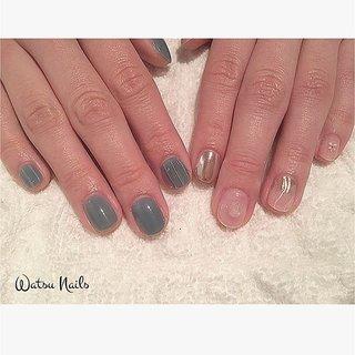 オリジナルカラーのくすみブルーとクリア&ミラーのアシメ♡かわいい🌿  #春ネイル #ジェルネイル #ネイルデザイン #ネイルアート #nailstagram #nailsdesign #nailart #acrylicnails #nails #prettynails #instanail #lovenails #cutenails #nailfashion #japanesenails #nailartswag #糀谷 #ネイルサロン #accessorynail #クリアネイル #ちゅるんネイル #なみなみネイル #ミラーネイル #天然石 #アシメネイル #春 #オールシーズン #海 #ライブ #ハンド #ストライプ #3D #大理石 #ミラー #ショート #ブルー #メタリック #スモーキー #ジェル #お客様 #WATSUNAILS #ネイルブック