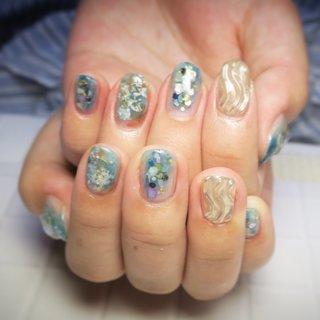 #春 #梅雨 #リゾート #デート #ハンド #シェル #ニュアンス #ワイヤー #ショート #ターコイズ #ブルー #アースカラー #ジェル #lovejewelry nail #ネイルブック