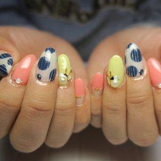 #春 #旅行 #リゾート #デート #ハンド #フレンチ #水滴 #マリン #ボーダー #ミディアム #ピンク #イエロー #ブルー #ジェル #lovejewelry nail #ネイルブック