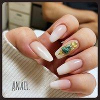 #mynails #newest #nailholic #lovenails #simpleisthebest  ベースはクリーミーでナチュラルめなベイビーブーマー🤟🏻🤟🏻 #春 #夏 #オールシーズン #パーティー #ハンド #シンプル #グラデーション #ボヘミアン #エスニック #ホワイト #ベージュ #ピンク #ジェル #お客様 #anri_reirei_anail #ネイルブック