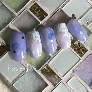 #紫陽花ネイル #あじさいネイル 紫陽花と梅雨をイメージして作りました #春 #夏 #梅雨 #女子会 #フラワー #たらしこみ #ドット #ボーダー #ブルー #パープル #ジェル #ネイルチップ #kicca nail #ネイルブック