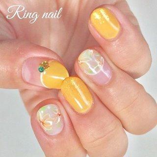 * 【イエロー × フラワーネイル】 * イエロー、グリーン、ホワイトの組み合わせで 黄色も派手になりすぎず、 爽やかな初夏にぴったりのデザインです。 * * #nail #nails #nailart #nailstagram #gelnail #beauty #springnails #simplenails #ジェルネイル #大人ネイル #おしゃれ #シンプルネイル #フラワーネイル #ニュアンスネイル #イエローネイル #名古屋市名東区 #名古屋市千種区 #名古屋市天白区 #名古屋市星ヶ丘 #星ヶ丘 #長久手 #愛知県日進市 #名古屋市ネイルサロン #星ヶ丘ネイルサロン #名東区ネイルサロン #自宅ネイルサロン #フィルイン #ringnail #手描きアート #春 #夏 #梅雨 #デート #ハンド #シンプル #フレンチ #変形フレンチ #フラワー #ショート #ホワイト #イエロー #グリーン #ジェル #お客様 #Ringnail #ネイルブック