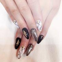 ミラーネイル♥︎︎ 黒 単色♥︎︎ 大理石ネイル♥︎︎ #Mai Kobayashi #ネイルブック