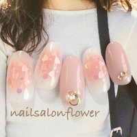 チークネイル♡ instagram→flower.idogaya #オールシーズン #オフィス #デート #女子会 #ハンド #ハート #チーク #ミディアム #ホワイト #ピンク #ジェル #ネイルチップ #nailsalon flower #ネイルブック